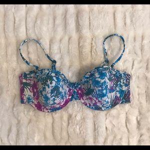 H&M tropical swimsuit bikini top. 36D